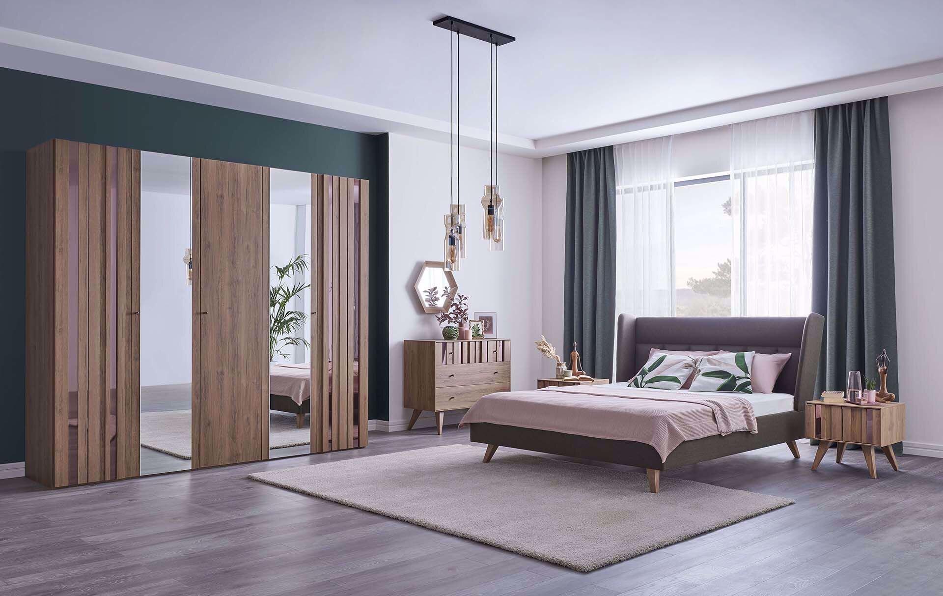 Crista Bedroom Set