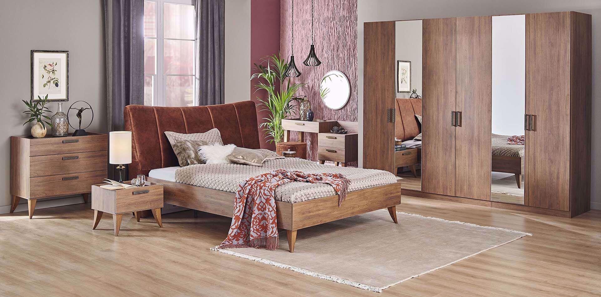 Claudia Bedroom Set